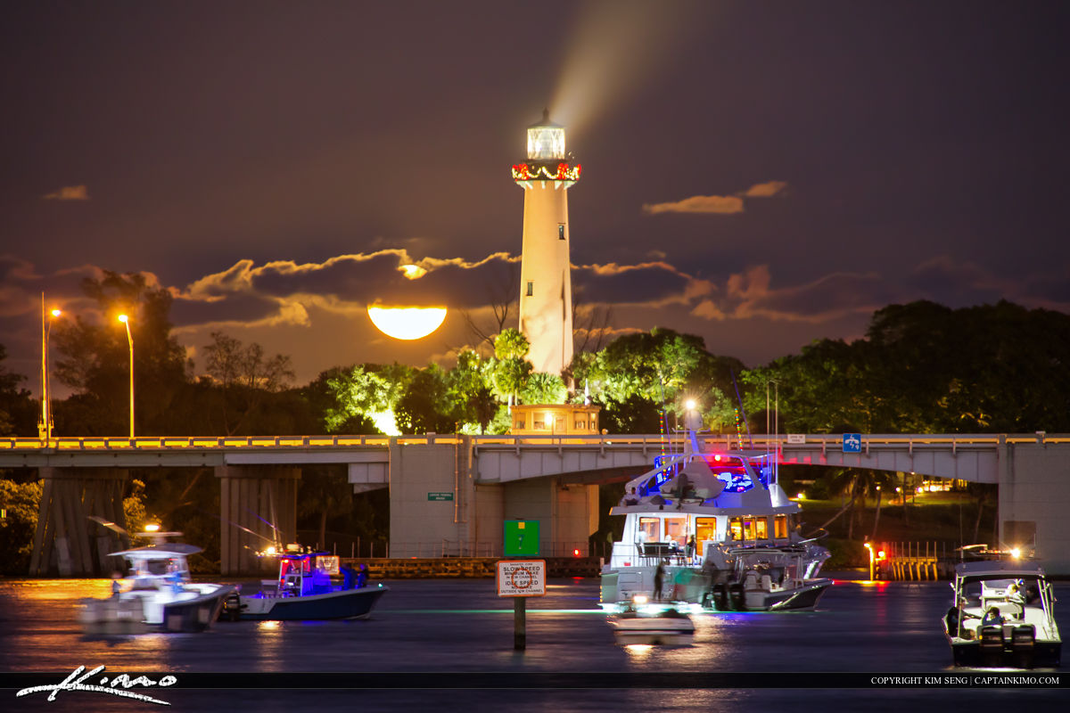Full moon rise at the Jupiter Lighthouse during the boat parade along the waterway in Palm Beach County. Tone mapped using Photomatix Pro for color and contrast.