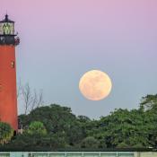 Jupiter Lighthouse Wolf Moon Rise
