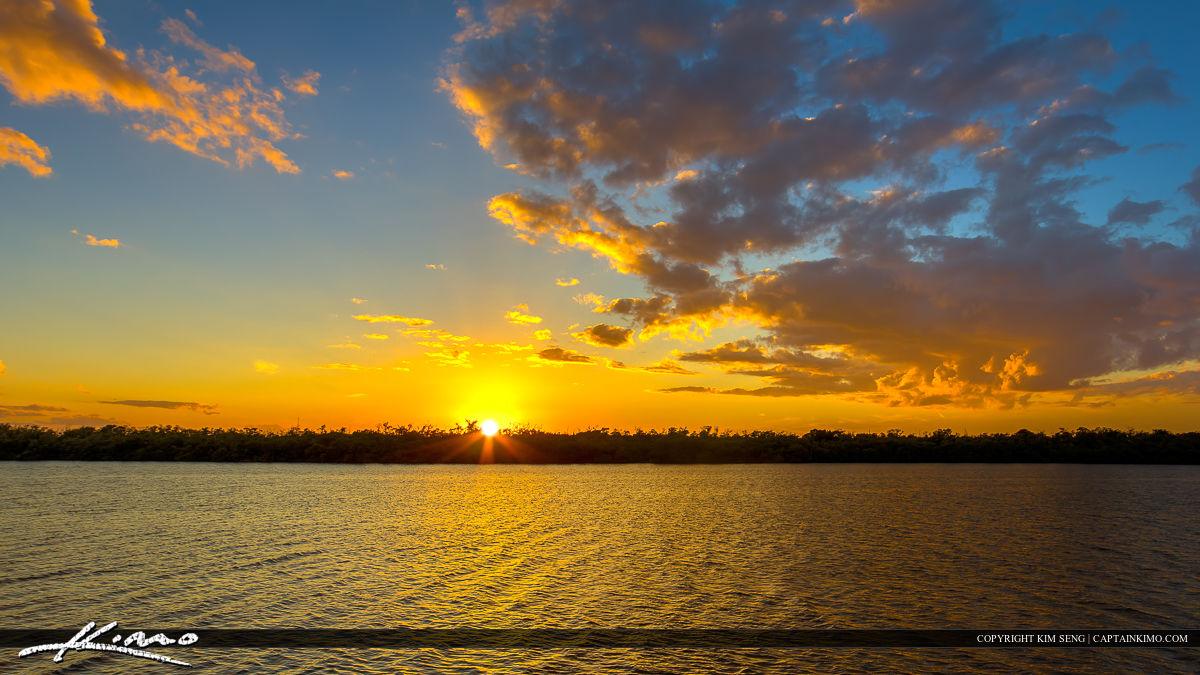 Macarthur Park Sunset at Lake