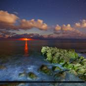 Moon Rise Coral Cove Park Ocean Wide Photo