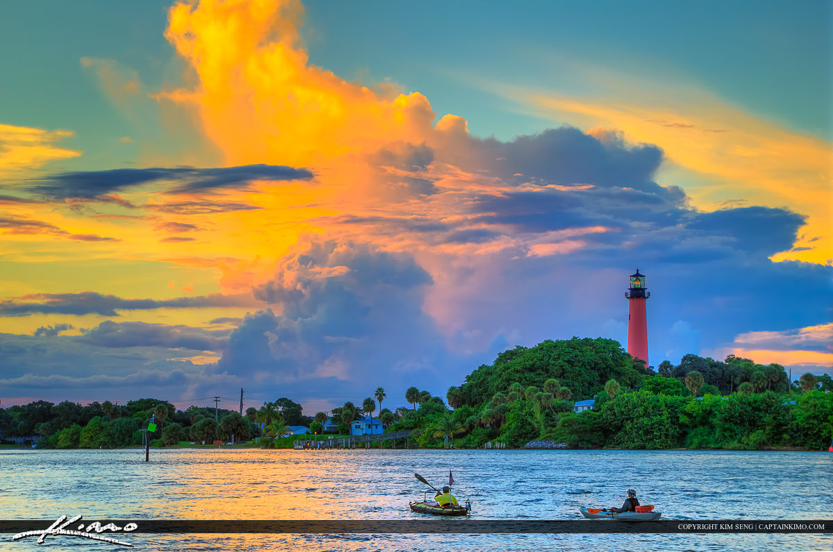 Kayaking the Jupiter Inlet by the Red Lighthouse