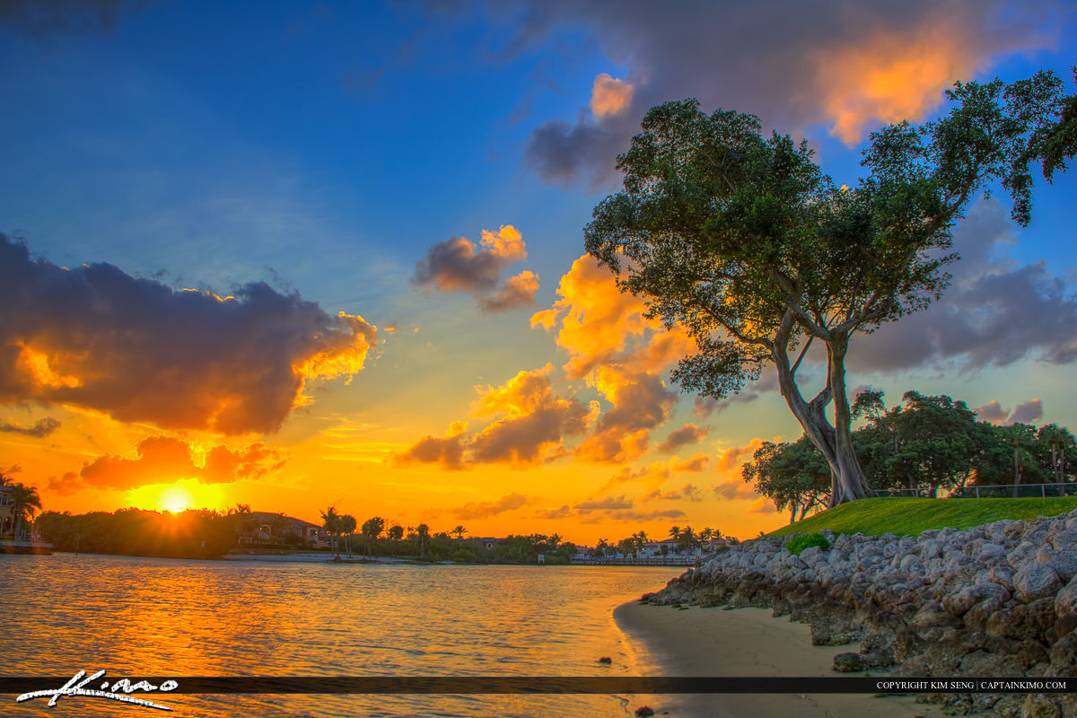 North Palm Beach Sunset at Waterway Intracoastal