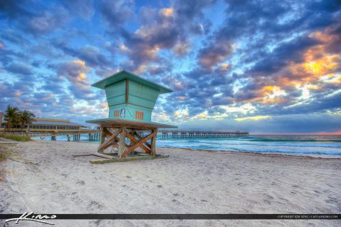 Dania Beach Pier Lifeguard Tower