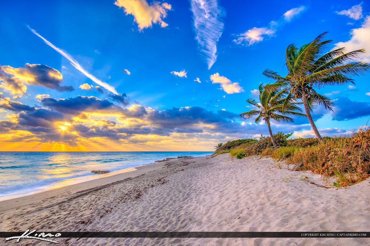 Tequesta Beach at Coral Cove Park on Jupiter Island