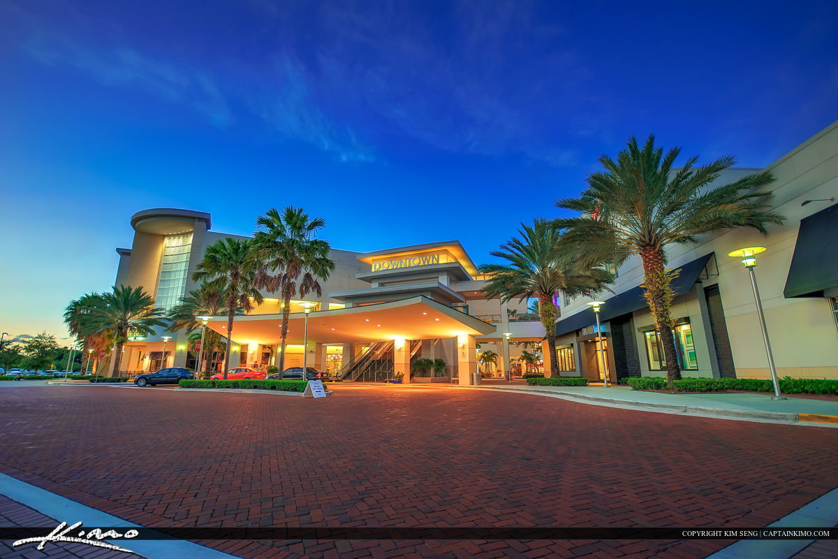 Downtown at the GardensShopping Plaza and Movie Theater - Downtown Movie Theater Palm Beach Gardens