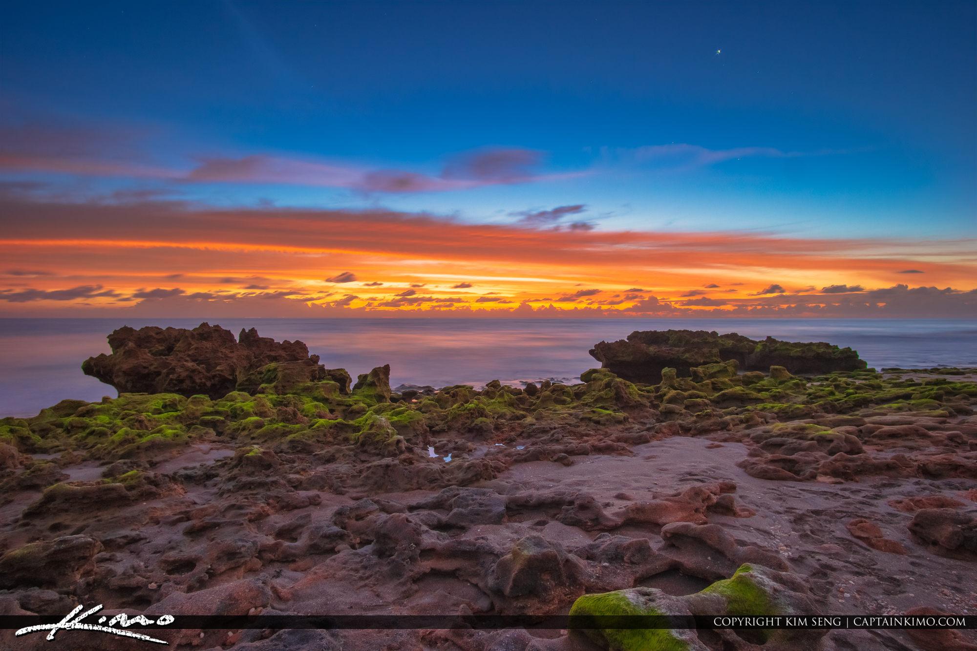 Coral Cove Park Sunrise Morning at Jupiter Island Beach