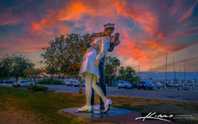 Sailor Kissing Nurse Statue Sarasota Florida Sunset