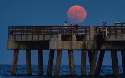 Juno beach Pier Moonrise August 21 2021